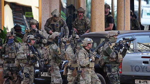 Буркина-Фасо: штурм завершен. Террористы уничтожены