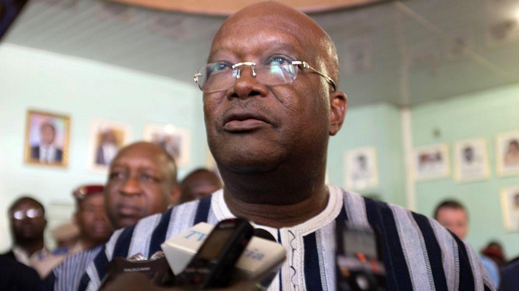 Штурмы зданий в Буркина-Фасо завершились, рассказывает очевидец