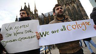 Кельн: сирийские и афганские беженцы - против расизма и сексизма