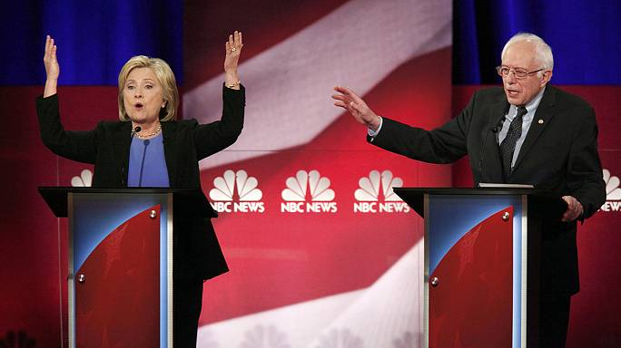 Showdown between Clinton and Sanders in Democratic debate