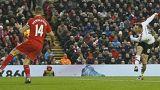Rooney volta a salvar van Gaal, Terry faz história