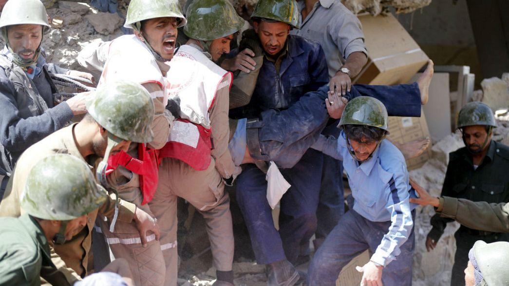 Un bombardeo de la coalición que lidera Arabia Saudí deja una treintena de muertos en Saná