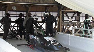 Japón y Jamaica, juntos por el bobsleigh