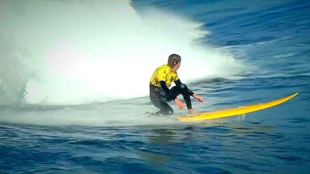 Kerr conquista ondas gigantes no México