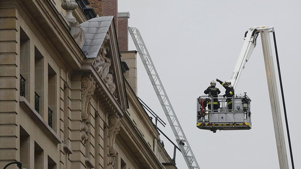 Un incendie au dernier étage du Ritz