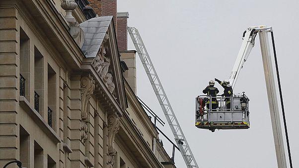 Parigi: in fiamme l'Hotel Ritz di Place Vendôme