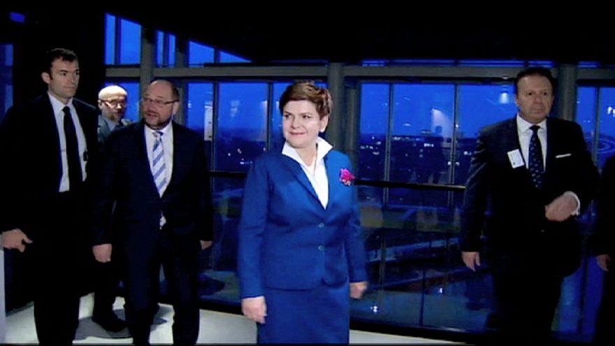 Szydlo will in Straßburg Bedenken zerstreuen