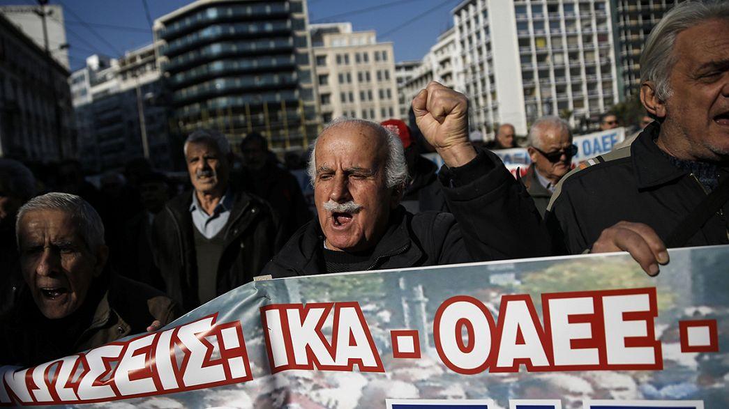 Athen: Tausende protestieren gegen Rentenreform