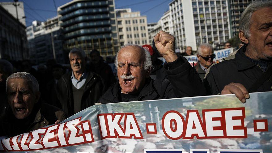 راهپیمایی بازنشستگان در یونان