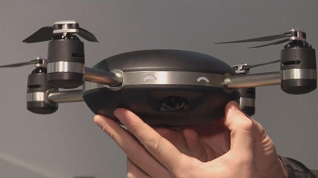 Drones cada vez más pequeños, seguros e inteligentes