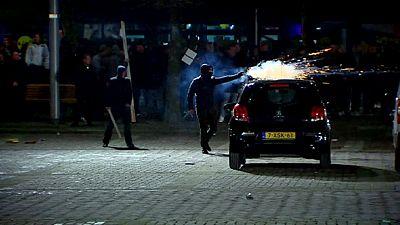 Niederlande: Gewalt bei Protesten gegen Asylbewerberzentrum