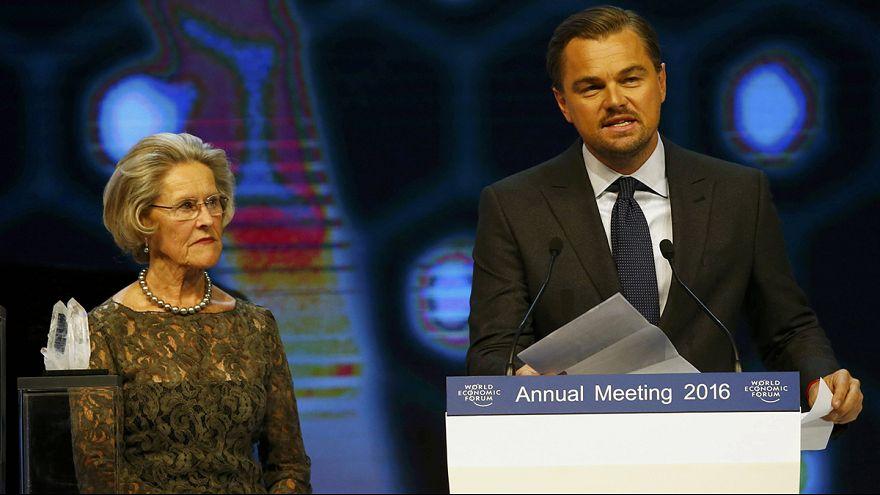 Davos: Di Caprio vor Weltwirtschaftsforum geehrt