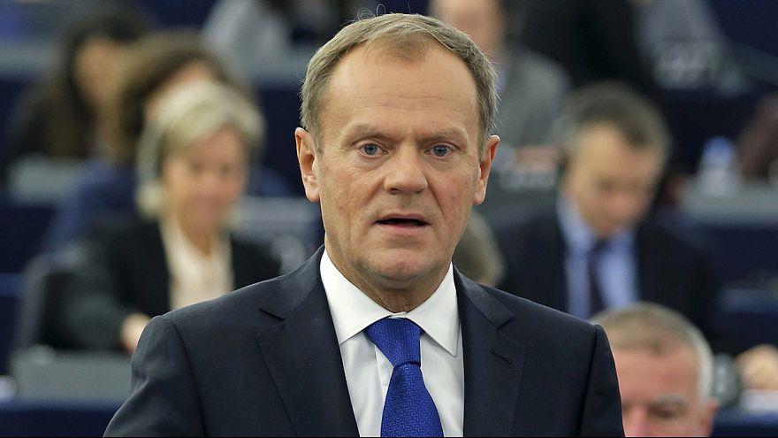 Donald Tusk: 2 mesi per contenere crisi rifugiati o si rischia collasso Schengen