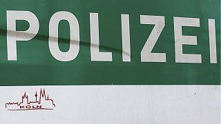 Alemanha: Polícia realiza rusgas no centro de Colónia