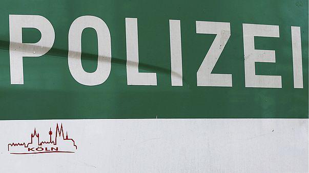 Razziákkal telt az éjszaka Kölnben