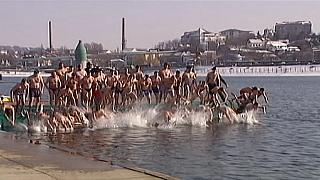 Serbia: la nuotata dell'Epifania