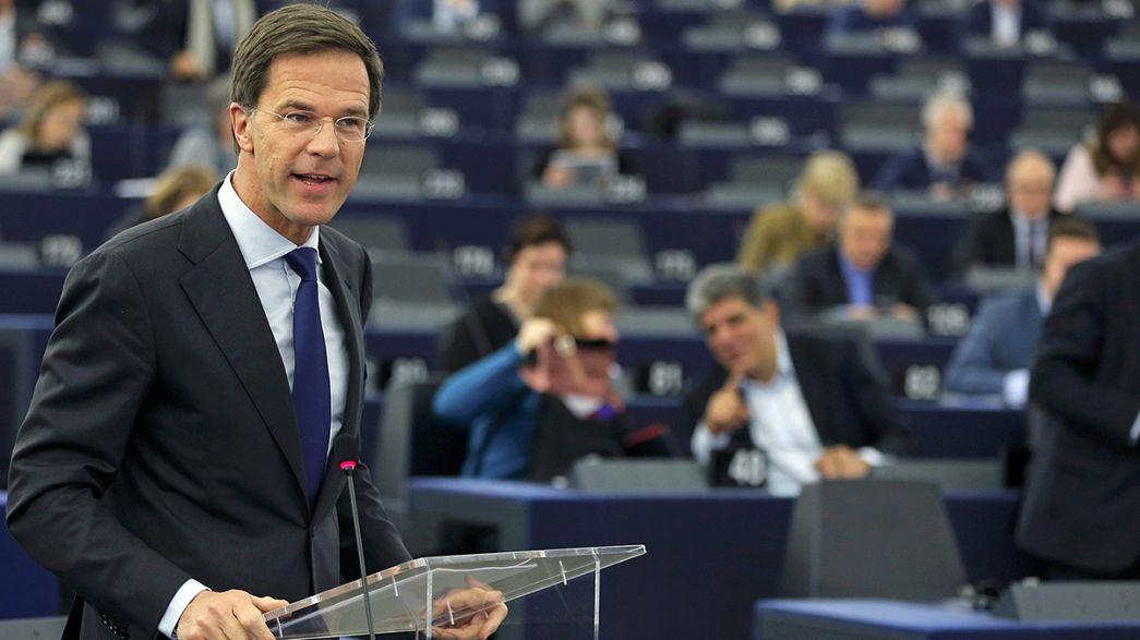 """Rutte: Presidência holandesa da UE irá concentrar-se na """"redução de fluxo de refugiados"""""""