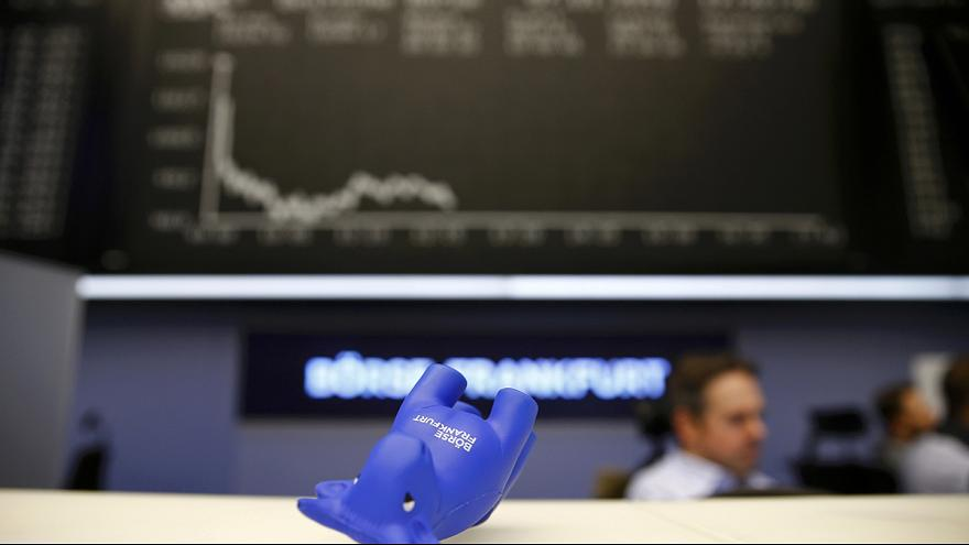 اقفال اسواق المال على تراجع واستمرار هبوط اسعار النفط