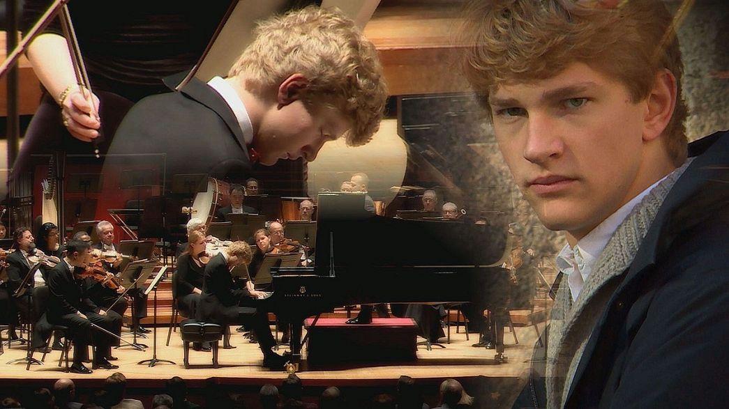 Bir piyano dehası: Jan Lisiecki