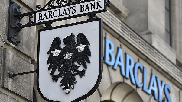 Barclays rasiert Investment-Banking, Deutsche Bank mit Rekordverlust