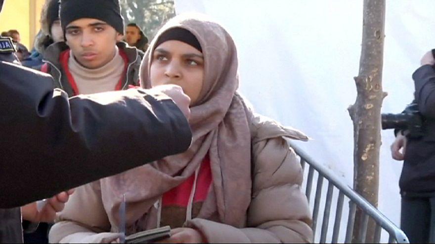 """Mültecilere sınırdan geçiş şartı: """"Almanya veya Avusturya'ya gideceksin!"""""""