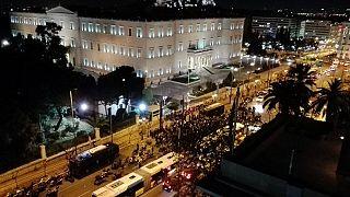 Ελλάδα: Συλλαλητήριο οπαδών του Παναθηναϊκού έξω από την Βουλή