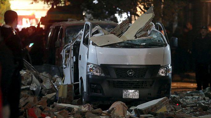 Egito: 9 pessoas morreram numa explosão perto das piramides de Gizé