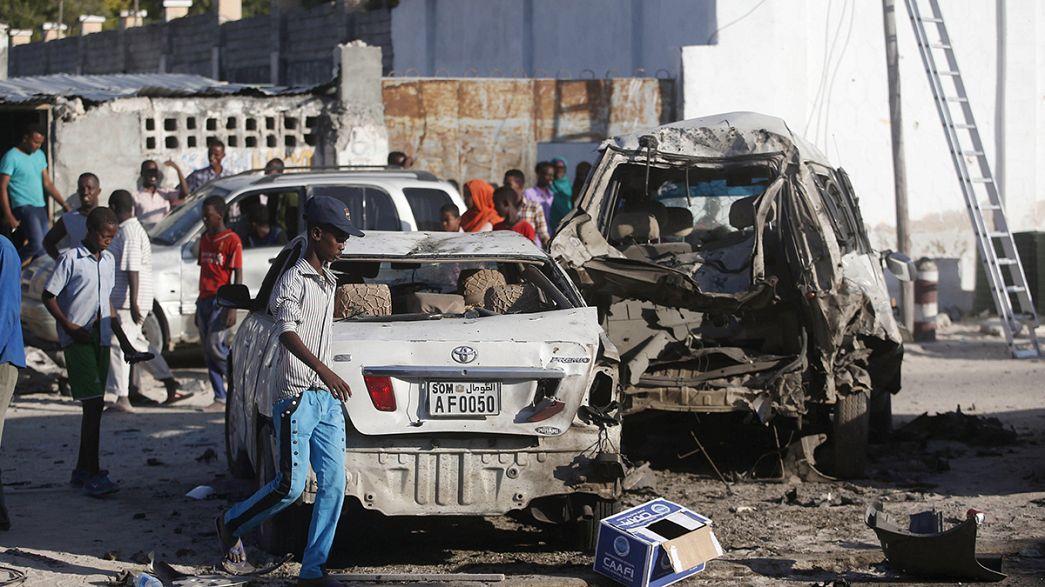 Somalia, attacco suicida di al-Shabaab, almeno 17 morti