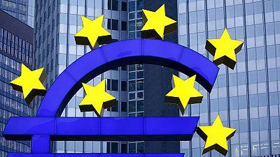 Atividade da indústria e serviços na Zona Euro abrandam