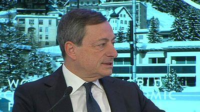 BCE : Mario Draghi, optimiste, rassure à Davos