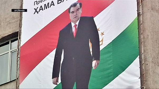 Tajik parliament paves way to life presidency for Imomali Rakhmon