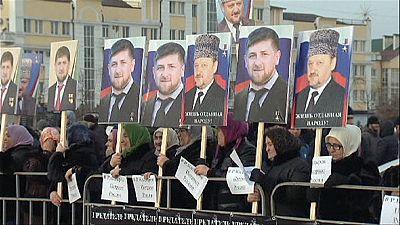 Russia: manifestazione pro Kadyrov in Cecenia