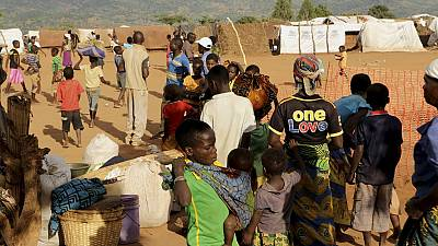 Nigerian refugees in Cameroon return home