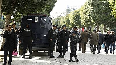 Tunisia government holds extraordinary meeting over unrest