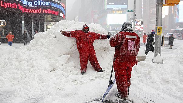 Schwerer Schneesturm wütet an der US-Ostküste - bislang mindestens 19 Tote