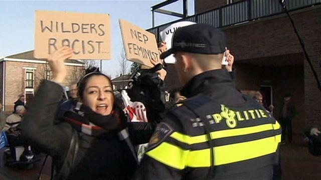 """Les spray d'auto-défense de Wilders contre la """"testostérone islamique"""""""