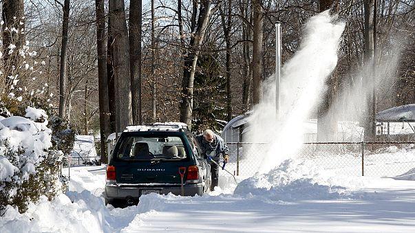 Megkezdődött a hó eltakarítása Washingtonban