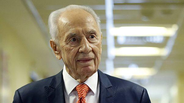 Shimon Peres hospitalizado