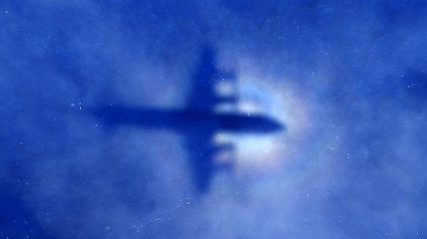 Módosítani kellett egy Európába tartó repülőgép útvonalát