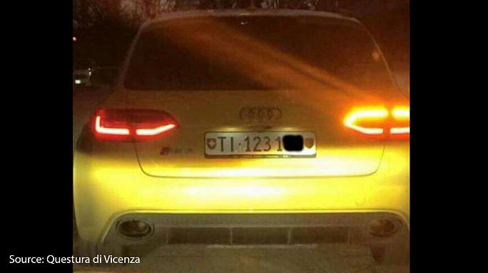 Police car chase: Swiss Audi leaves Italian officers in the dust