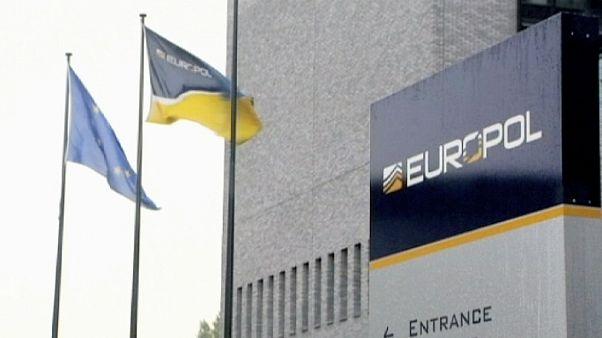 یوروپل نسبت به وقوع عملیات تروریستی هشدار داد