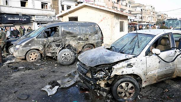 ISIL claims responsiblity for twin bomb attacks in Homs - dozens dead