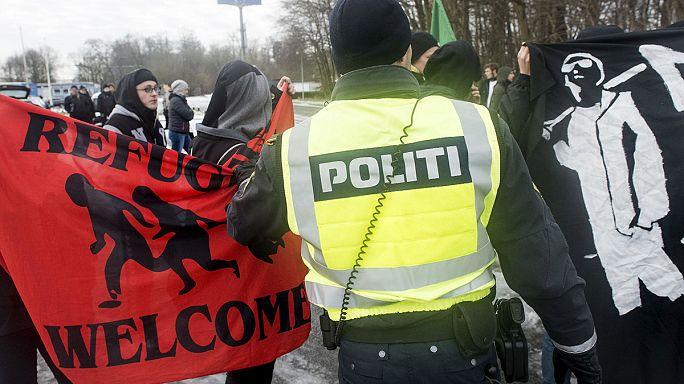 Eldőlt: lefoglalhatják Dániában a menekültek javait