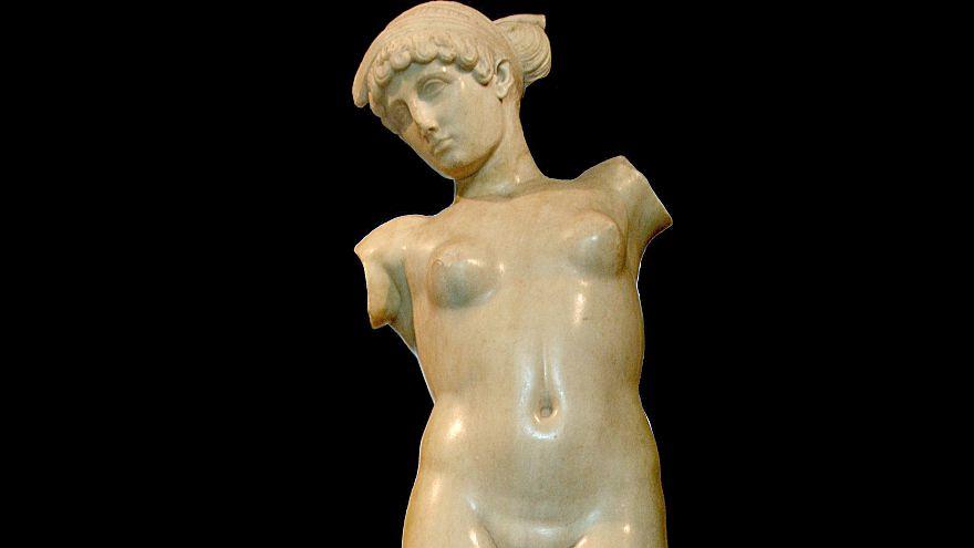 Aus Respekt vor Rohanis Glauben: Rom verhüllt nackte Statuen