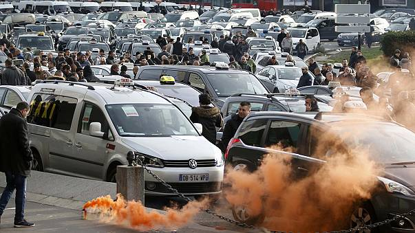 24 Verhaftete bei Anti-Uber-Protesten in Paris