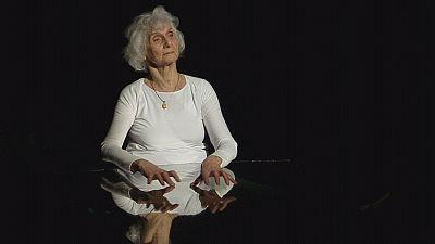 Auschwitz survivor Eva Fahidi captivates audiences with her life story in dance