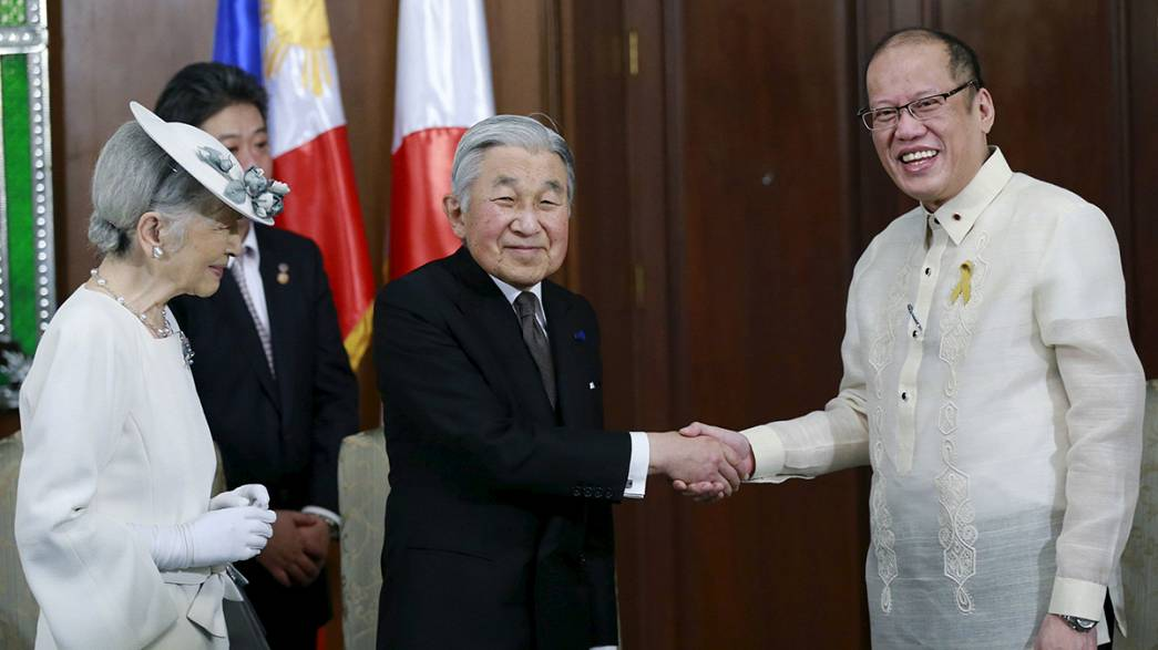 Polemica visita di Akihito a Manila