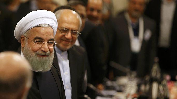 روحاني في باريس لتوقيع عدة صفقات تنموية مع فرنسا