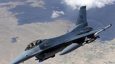 Un F-16 s'écrase durant un exercice en Egypte