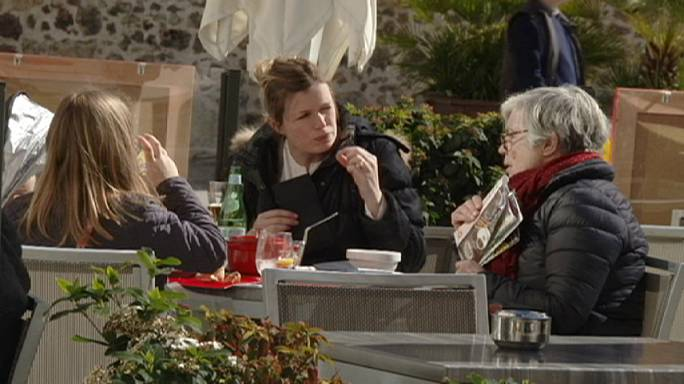 Безработица в Испании упала до уровня 4-летней давности
